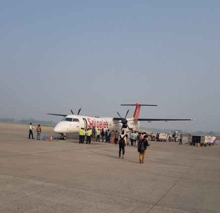Review: SpiceJet – Bombardier Dash 8 Q400 SpiceMax (Varanasi